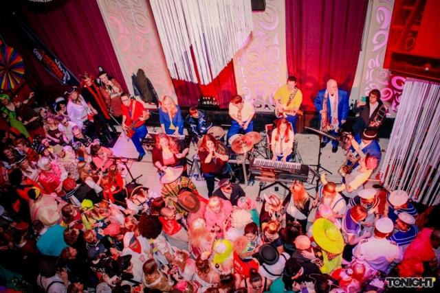Weiber om Deck - Die Karnevalsparty in Düsseldorf an Altweiber (tonight)