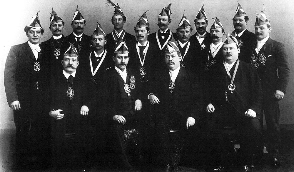 Grosse 1890 Gründer 1895 Chronik