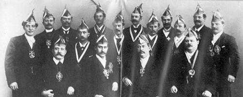 GROßE 1890 Historie Menü Chronik